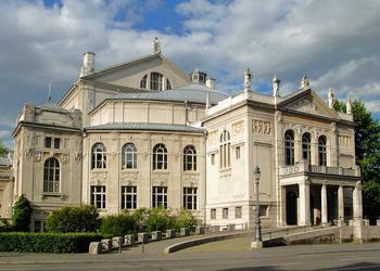 Das Prinzregententheater war am 28.10.1945 Schauplatz der  ersten freien gewerkschaft-lichen Groß-veranstaltung seit 1933.