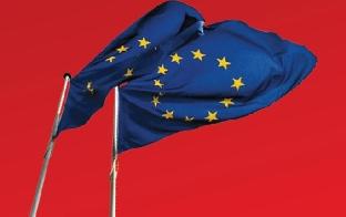 Europa-Fahne im Wind