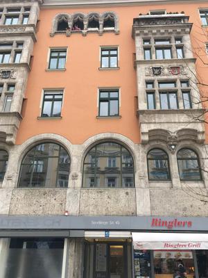 Im Hinterhof der Sendlinger Straße 45 befand sich der Werbe-Verlag Fackler.
